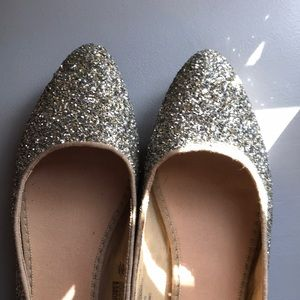 Old Navy gold/silver sequin pointed-toe flats